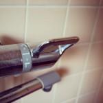 シャワーと蛇口の切り替えハンドル